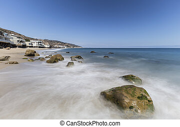 Carbon Beach Malibu California - Oceanfront homes with...