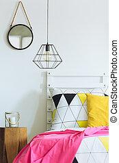 Geometric bedroom with round mirror - White geometric...