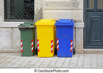 Recycling Wheelie Bins - Sorting and Recycling Plastic...