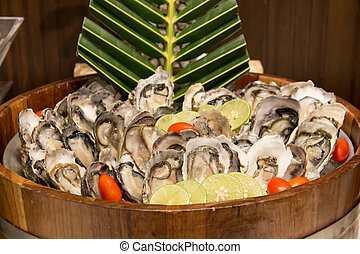 Raw seafood put on ice in the restaurant