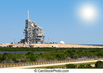 space shuttle on launch platform - space shuttle on launch...