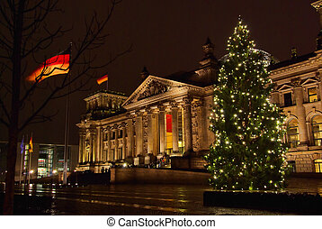 Berlin Reichstag building christmas 02