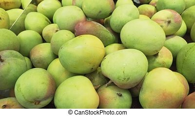 Mangoes sold in supermarket - Mangoes sold in the...