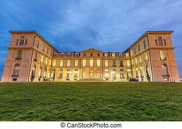 Marseille Palais Pharo - Marseille Palais du Pharo night -...