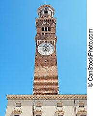 Lamberti Tower Verona Italy - Lamberti Tower Piazza delle...