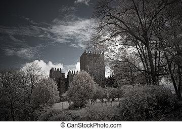 Infrared Guimaraes Castle - Guimaraes Castle, birth of the...