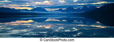 Lake McDonald in Glacier National Park, Montana, USA