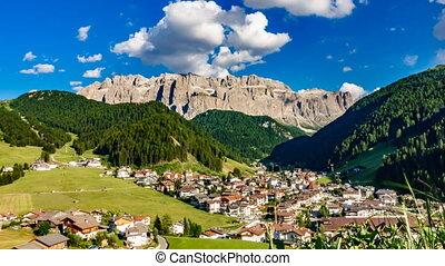 Dolomites town time lapse - Val Gardena dolomites town time...