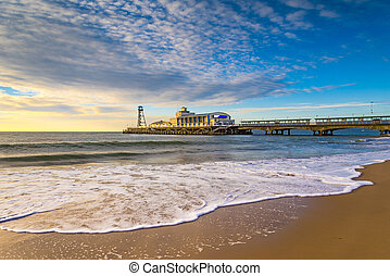 Bournemouth Beach and Pier at Sunrise - The sun rises over...