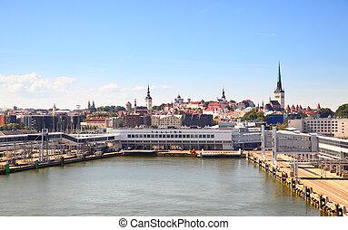 Skyline of Tallin - Port and skyline of Tallin (estonian:...