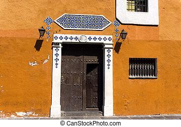 Orange Facade in Downtown Puebla - Orange facade in downtown...