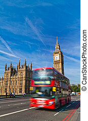 London, Parliament - Hoses of Parliament and Big Ben in...