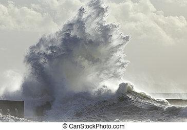 Big wave spash - Big wave splash. Soft backlit. Mouth of...