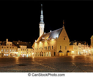 Raekoja square in Tallinn - Tallinn town hall at night in...
