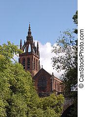 Puente, iglesia,  Kelvin