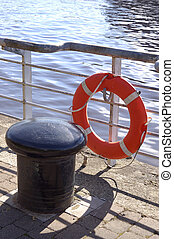 Capstan and Lifebelt on the Clyde Walkway, Glasgow