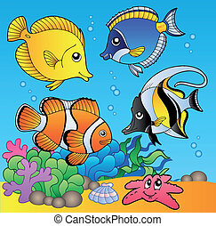 Underwater animals and fishes 2 - vector illustration