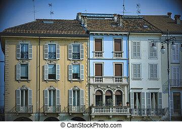 Lodi (Italy): Cathedral square (piazza del Duomo) - Lodi...