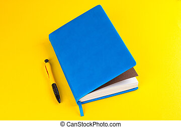 Daily planner with colored bookmarks - blue Daily planner...