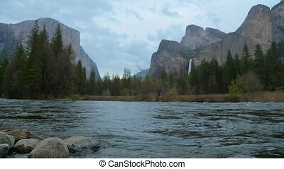 Merced River In Yosemite National Park. - Yosemite LM98...