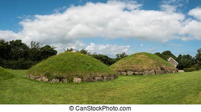 montones, Neolítico,  knowth, más pequeño, irlanda