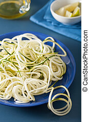 spiralized courgette raw vegetable noodles