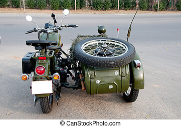 750B-2 motorcycle with a sidecar - Chang Jiang 750B-2...