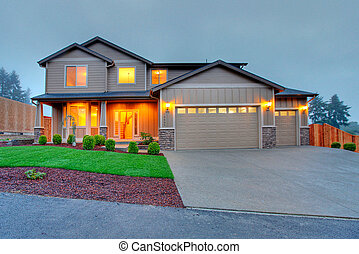 Front of the house in the evening - Nice home near Lakewood,...