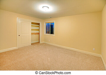 Empty room - Large empty room. Nice home near Lakewood, WA.