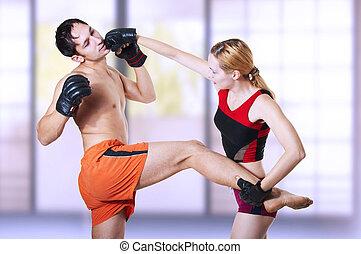 mulher, lutador, perfurando, homem, cabeça