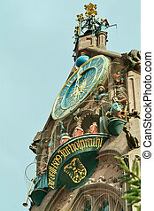 Church of Our Lady Nuremberg clock, clockwork, gable,...