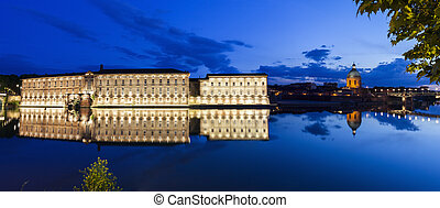Waterfront in Toulouse - Illuminated waterfront in Toulouse....