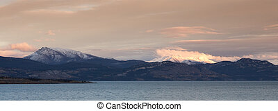 Snowy mountains at Lake Laberge - Early snow in the...