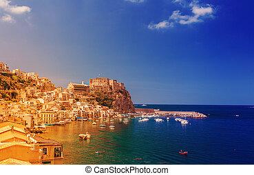 Scilla castle in Calabria - Scilla castle Ruffo, and harbor...