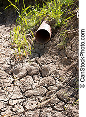 Dry Gutter without Water in the Summer