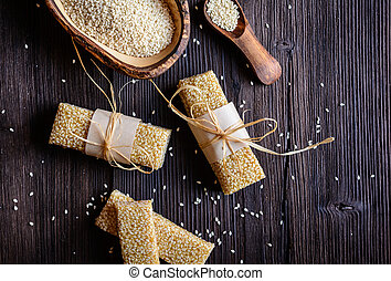 Sesame seed and honey bars - Sweet healthy sesame seed and...