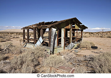 Desert Ruin - Abandoned cabin in the middle of California's...