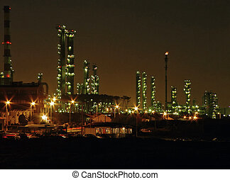 Oil refinery by night - Refinery of Porto by night Leca da...