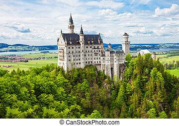 Schloss Neuschwanstein Castle, Germany - Schloss...