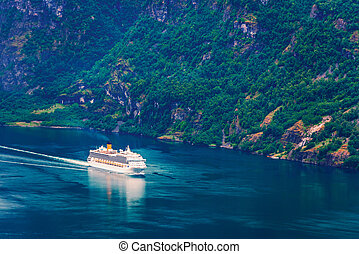 Breathtaking view of Sunnylvsfjorden fjord and cruise ship,...