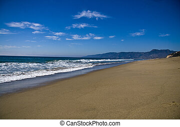 quiet california beach - peaceful day at a quiet beach in...