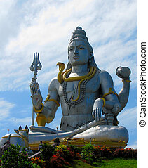 Shiva monument at Murudushwara, India