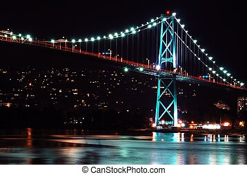 Night scene of Lions Gate Suspension Bridge Gateway,...