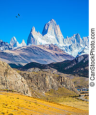 The white tops of Fitzroy rocks - Amazing Patagonia in...