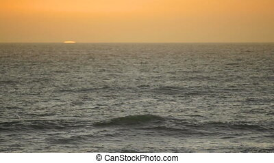 Sunrise Pacific Ocean Orange Sun Cloudless Sky Waves Fast...