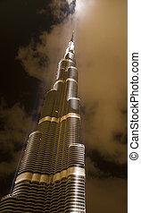 Burj Dubai dreamy image - Burj Dubai, one of the tallest...