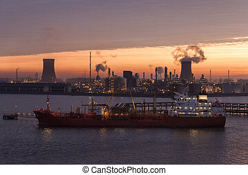 Industrial Skyline - Hull - England - Dawn over the...