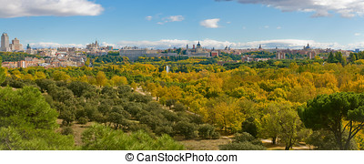 Autumn in Casa de Campo Madrid, Spain - Autumn in Casa de...