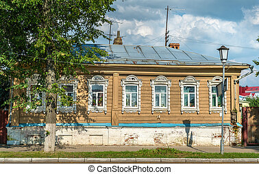 Traditional Russian wooden house in Suzdal, the Golden Ring...