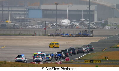 Governmental cortege in Frankfurt airport - FRANKFURT AM...